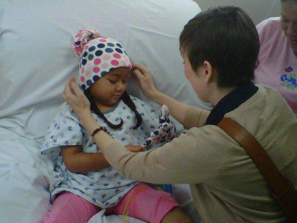 nosotros por los niños con cancer
