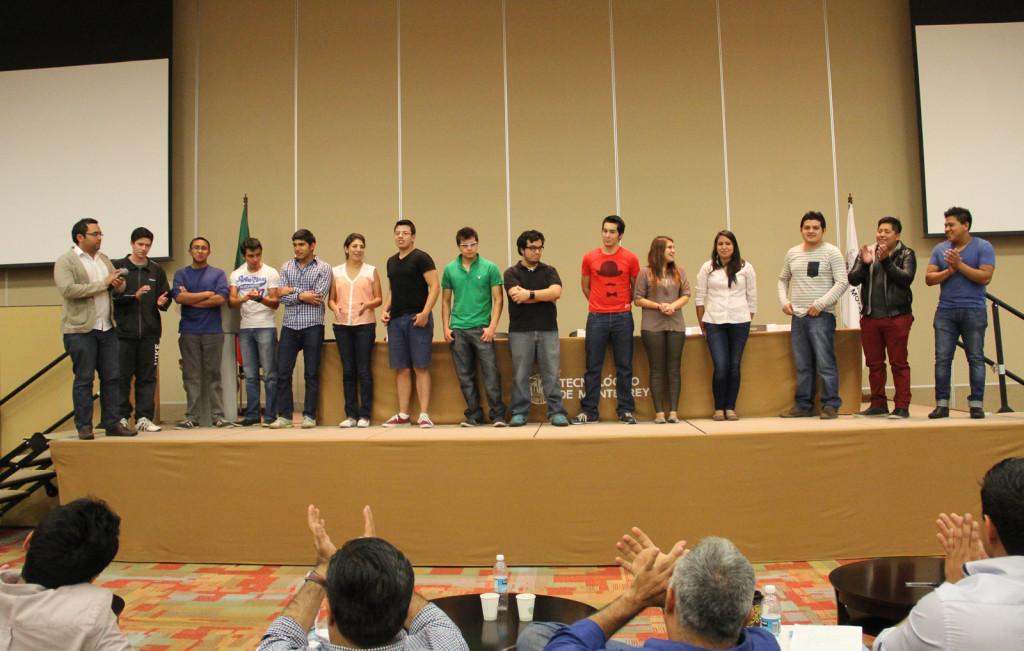 Reto de Ingenieria NASA. Los tres equipos ganadores tras la jornada del Internacional Space Apps Challenge, Guadalajara 2013.