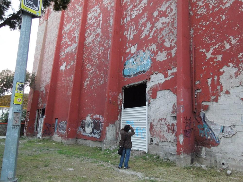 El cine abandonado. Foto, Perla Oropeza.